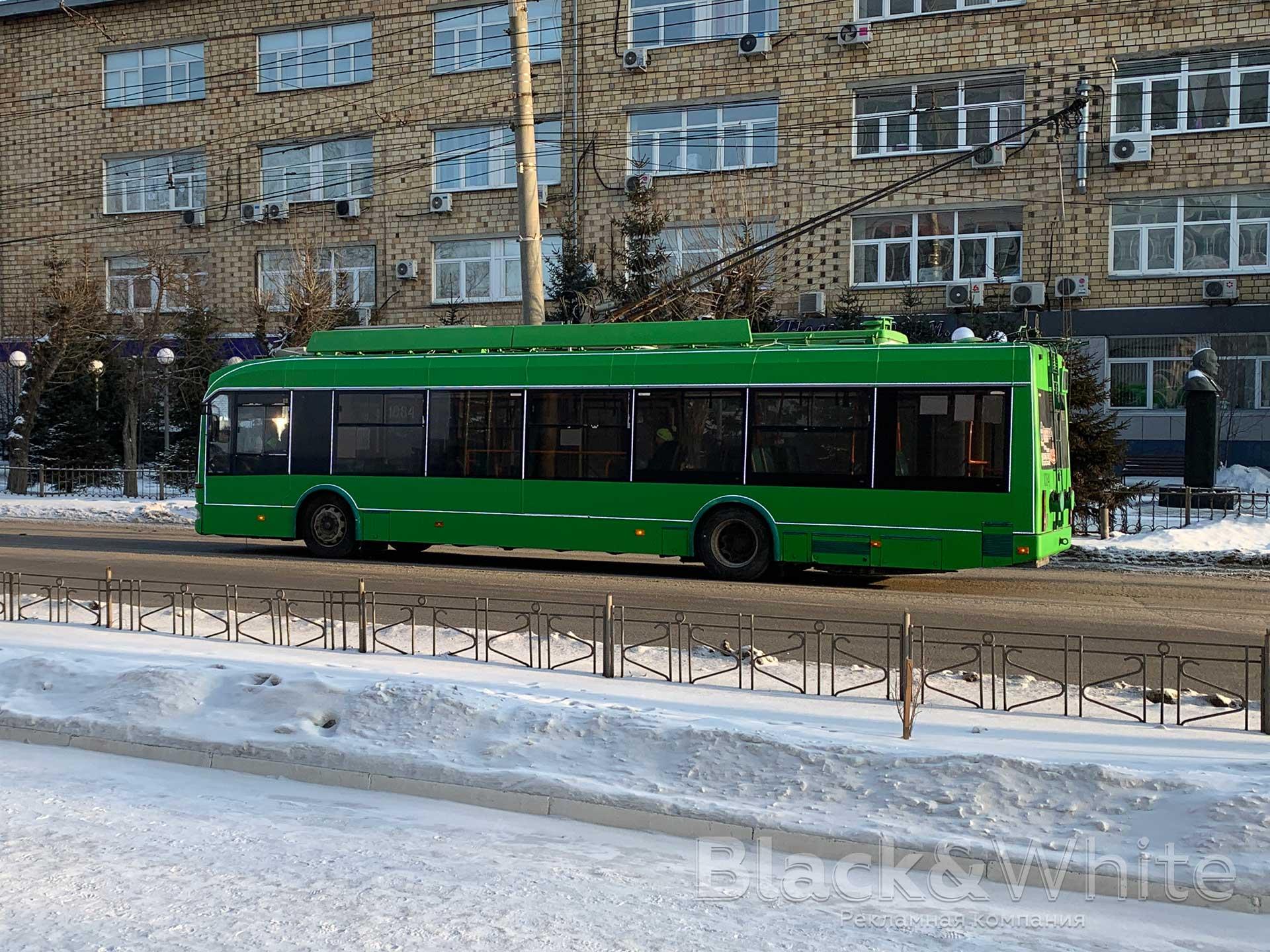 праздничная-подсветка-автобуса-транспорта-в-Красноярске.jpg